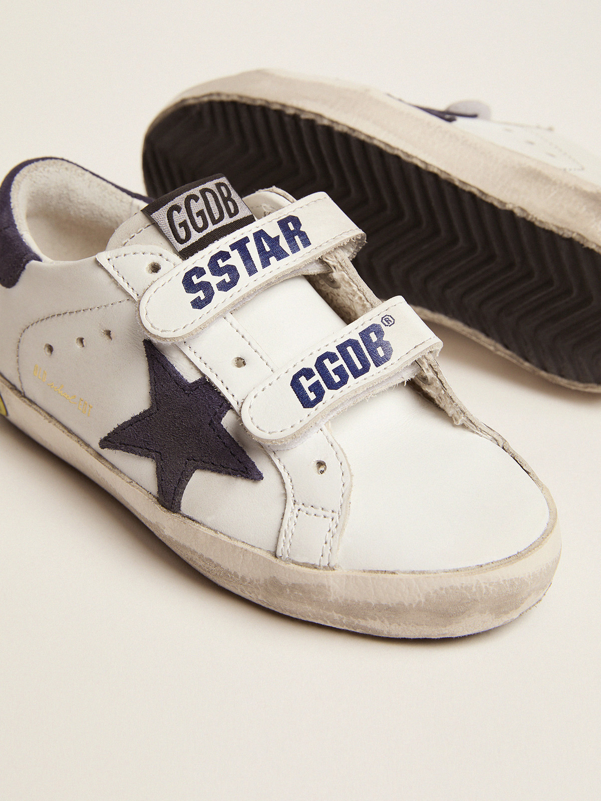 Golden Goose - Old School sneakers in leather with suede star and heel tab in