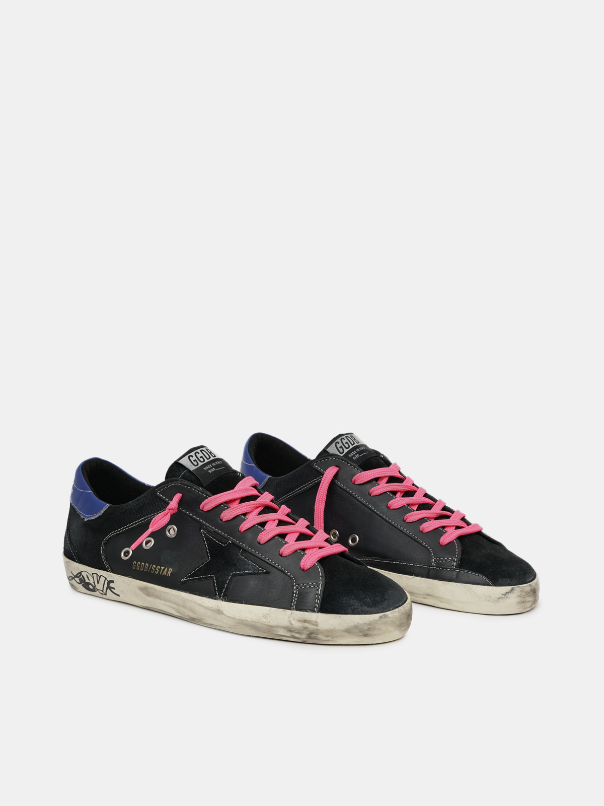 Golden Goose - Super-Star sneakers in canvas and leather with fuchsia laces and suede inserts in