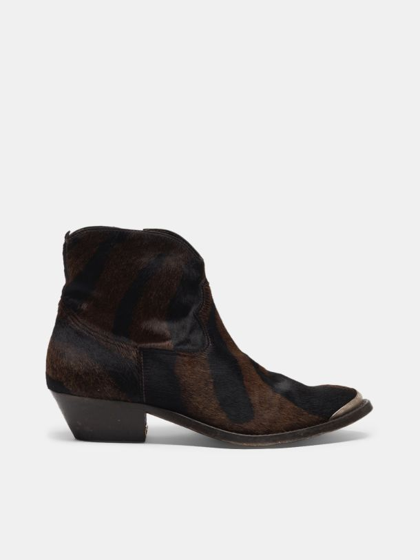 Golden Goose - Young ankle boots in leather with cowboy-style decoration in