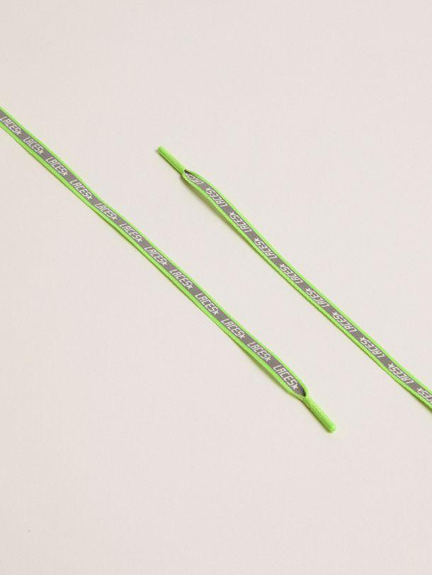 Golden Goose - Lacci uomo riflettenti verde fluo con stampa laces   in