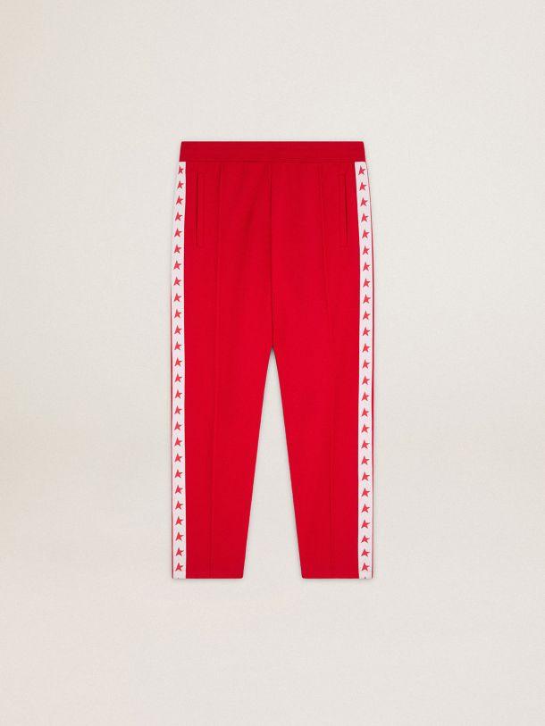 Golden Goose - Pantalón jogger Doro de la Colección Star en color rojo con estrellas rojas en los lados in