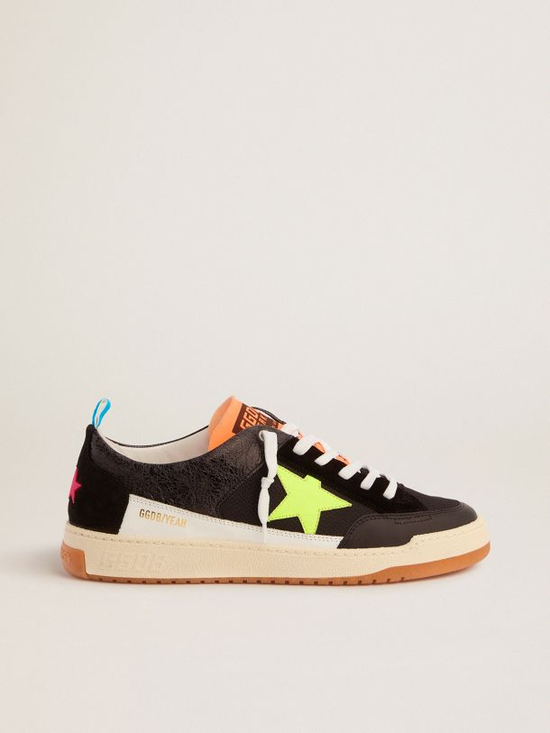 Golden Goose - Sneakers Yeah uomo nere con stella giallo fluo   in