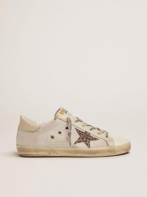 Golden Goose - Sneakers Super-Star en mesh avec étoile léopard in