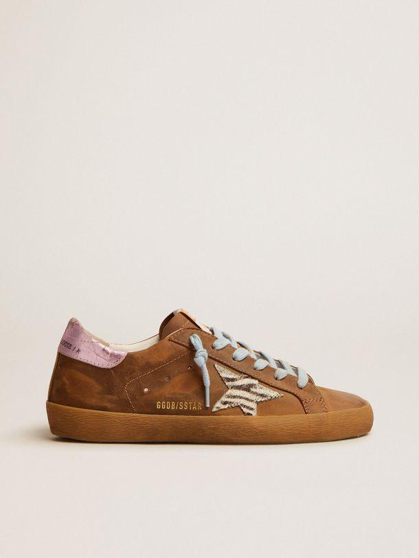 Golden Goose - Zapatillas deportivas Super-Star de ante encerado color marrón con estrella de piel efecto potro con motivo cebra in