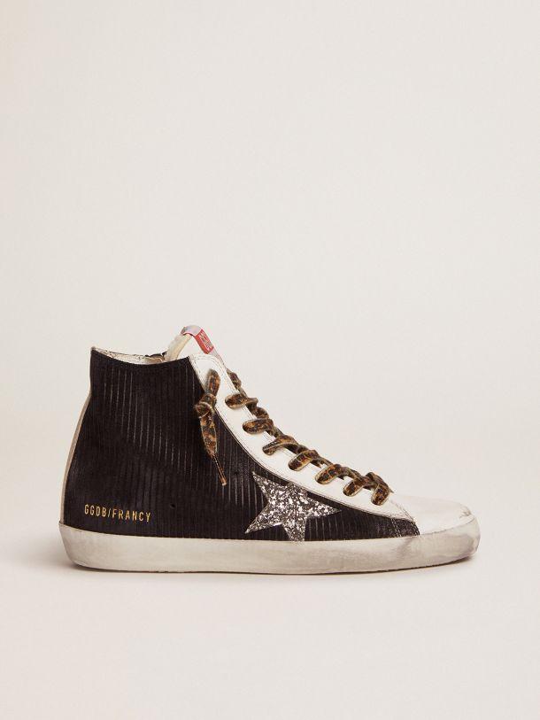 Sneakers Francy en daim noir à imprimé velours corduroy avec doublure en shearling