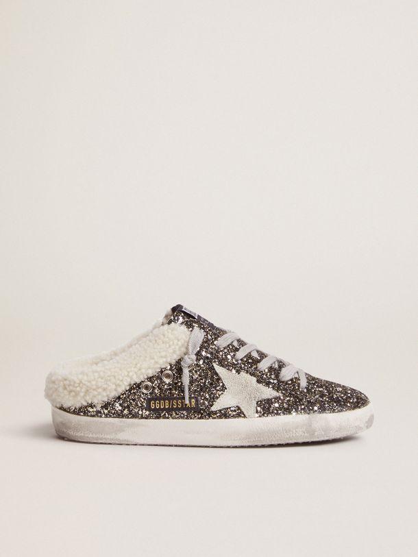 Golden Goose - Sneakers Super-Star modèle mules pailletées avec intérieur en shearling in