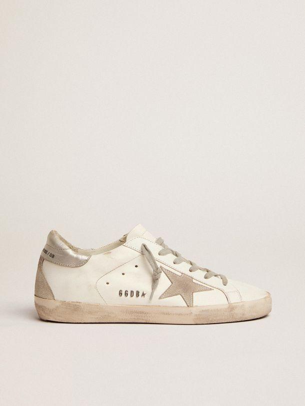 Zapatillas deportivas Super-Star con refuerzo de talón plateado y motivo de letras con tachas de metal