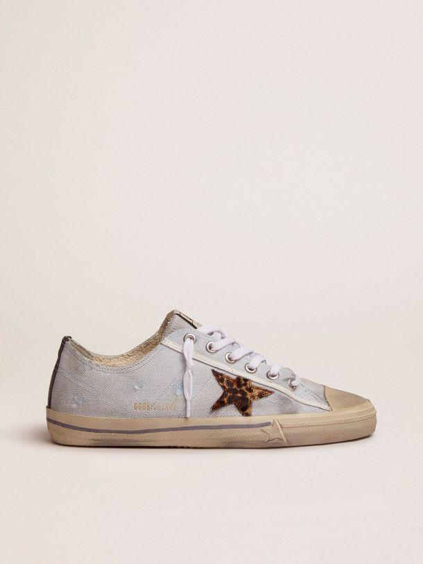 Golden Goose - Sneakers V-Star LTD in denim con stella in cavallino leopardato in