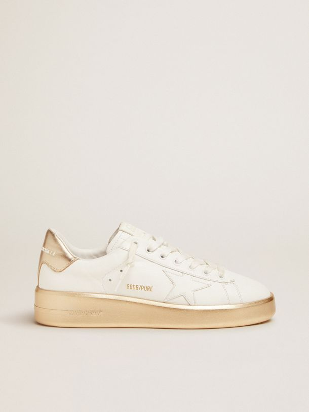 Golden Goose - Purestar sneakers in white leather with foxing and gold laminated leather heel tab in