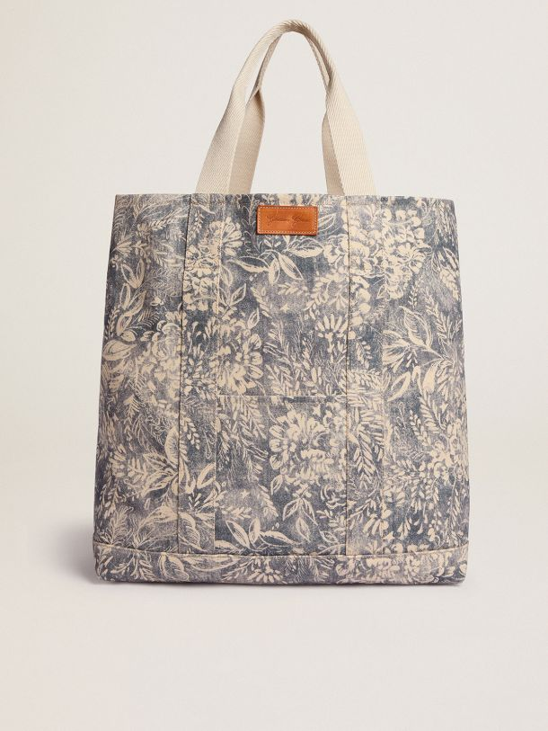 Golden Goose - Golden Resort Capsule Collection canvas Ocean bag in vintage blue with contrasting white toile de jouy print in