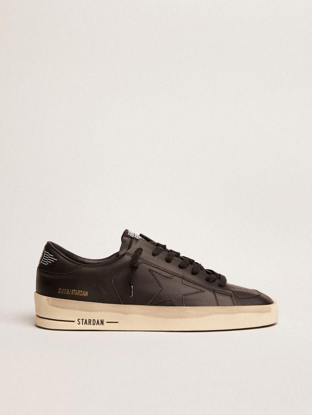 Golden Goose - Sneakers Stardan in pelle total black trattamento vintage in