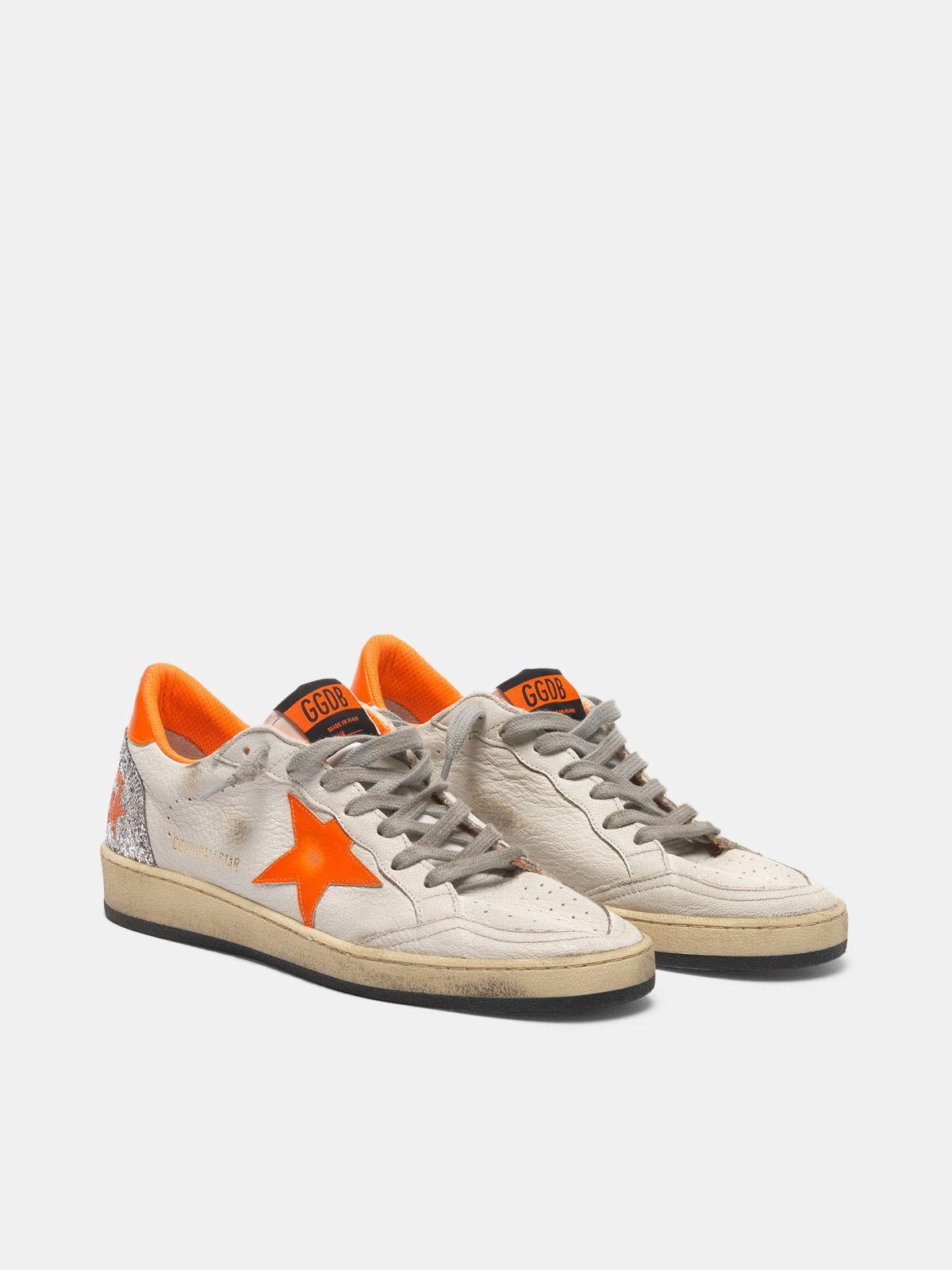 Golden Goose - Sneakers Ball Star con dettagli fluo e retro in glitter in