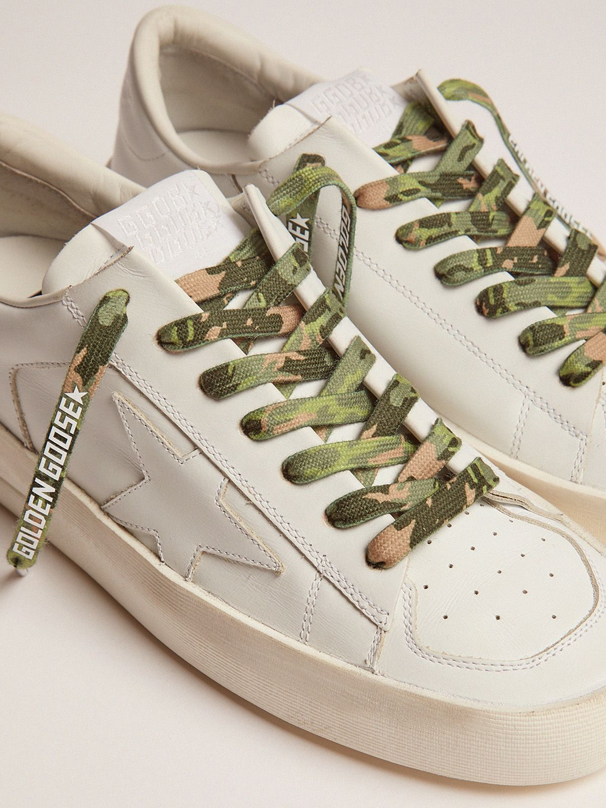 Golden Goose - Men's green camouflage laces with white logo in