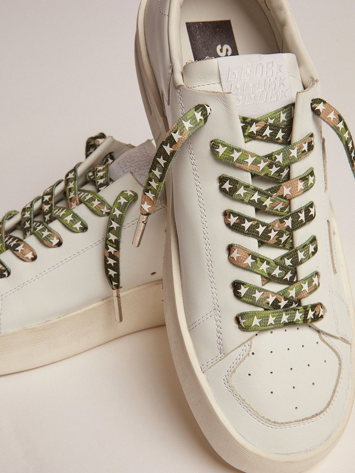 Golden Goose - Men's green camouflage laces with white stars in