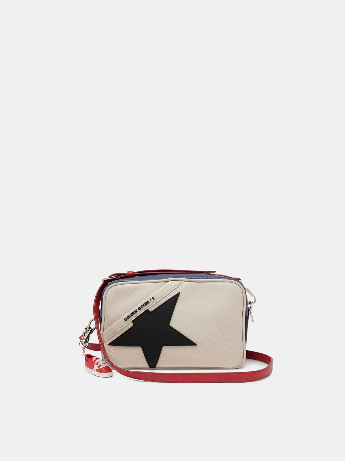 Star Bag made of pebbled leather with black star