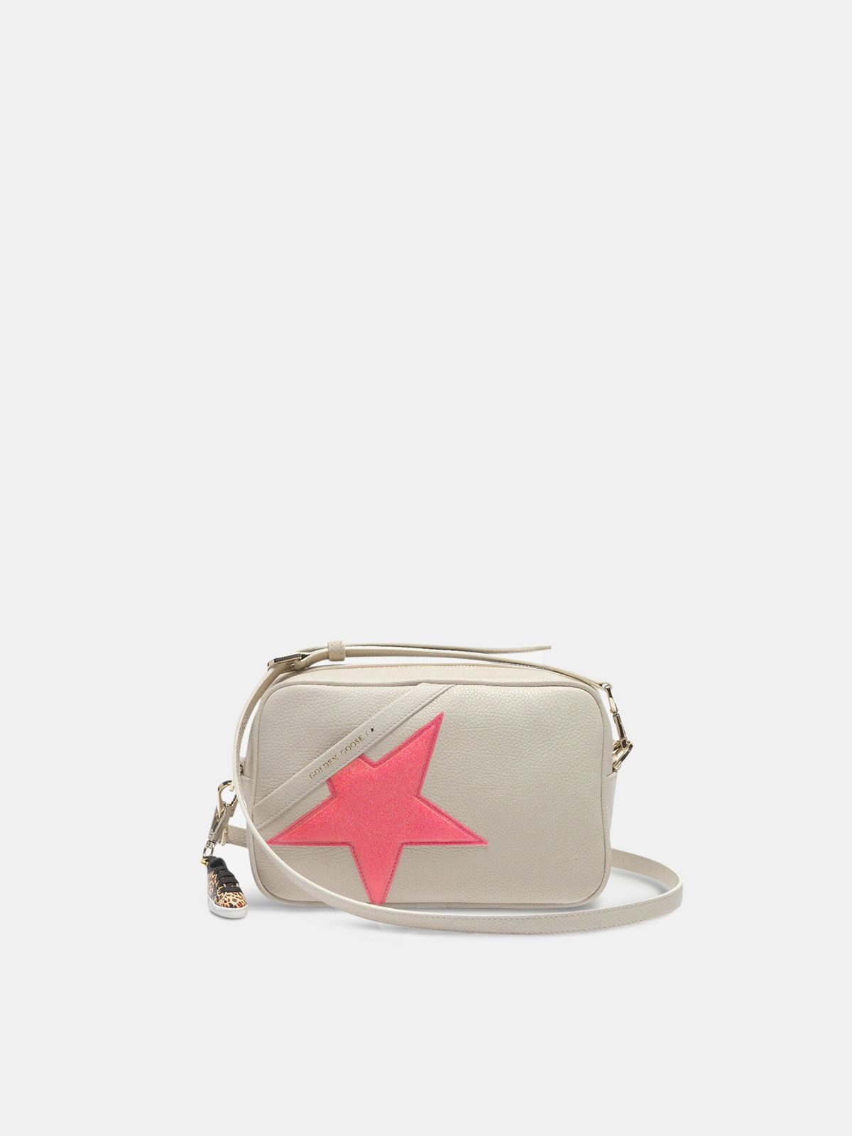 Star Bag made of pebbled leather with neon pink star