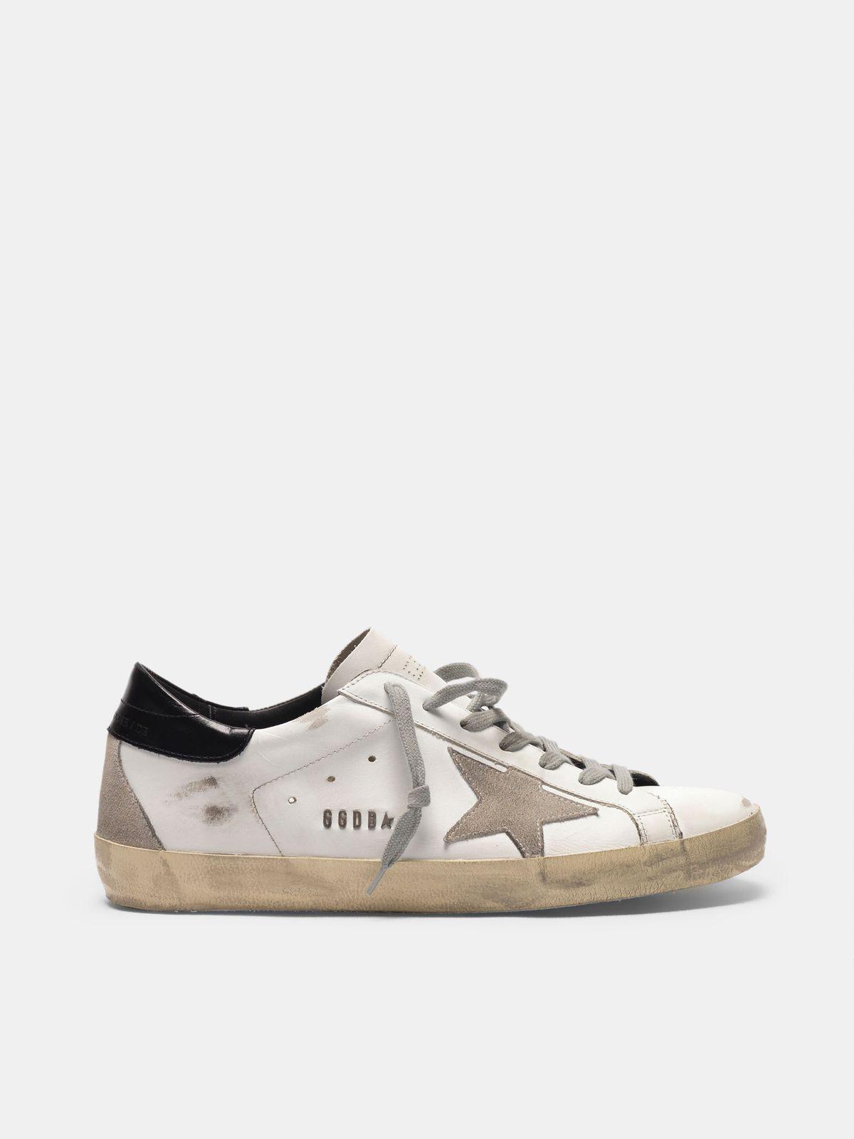 Golden Goose - Sneakers Super-Star con talloncino nero e metal studs lettering in