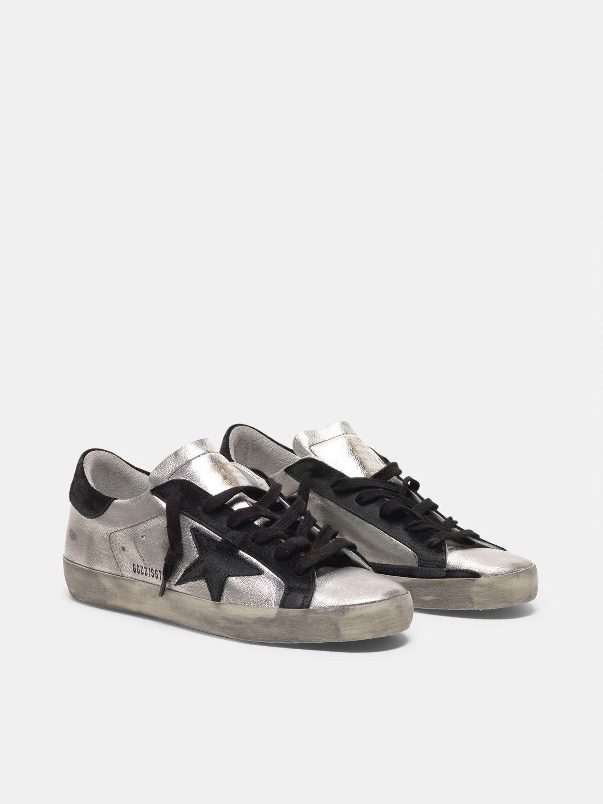 Golden Goose - Sneakers Super-Star in pelle argentata con inserti a contrasto in