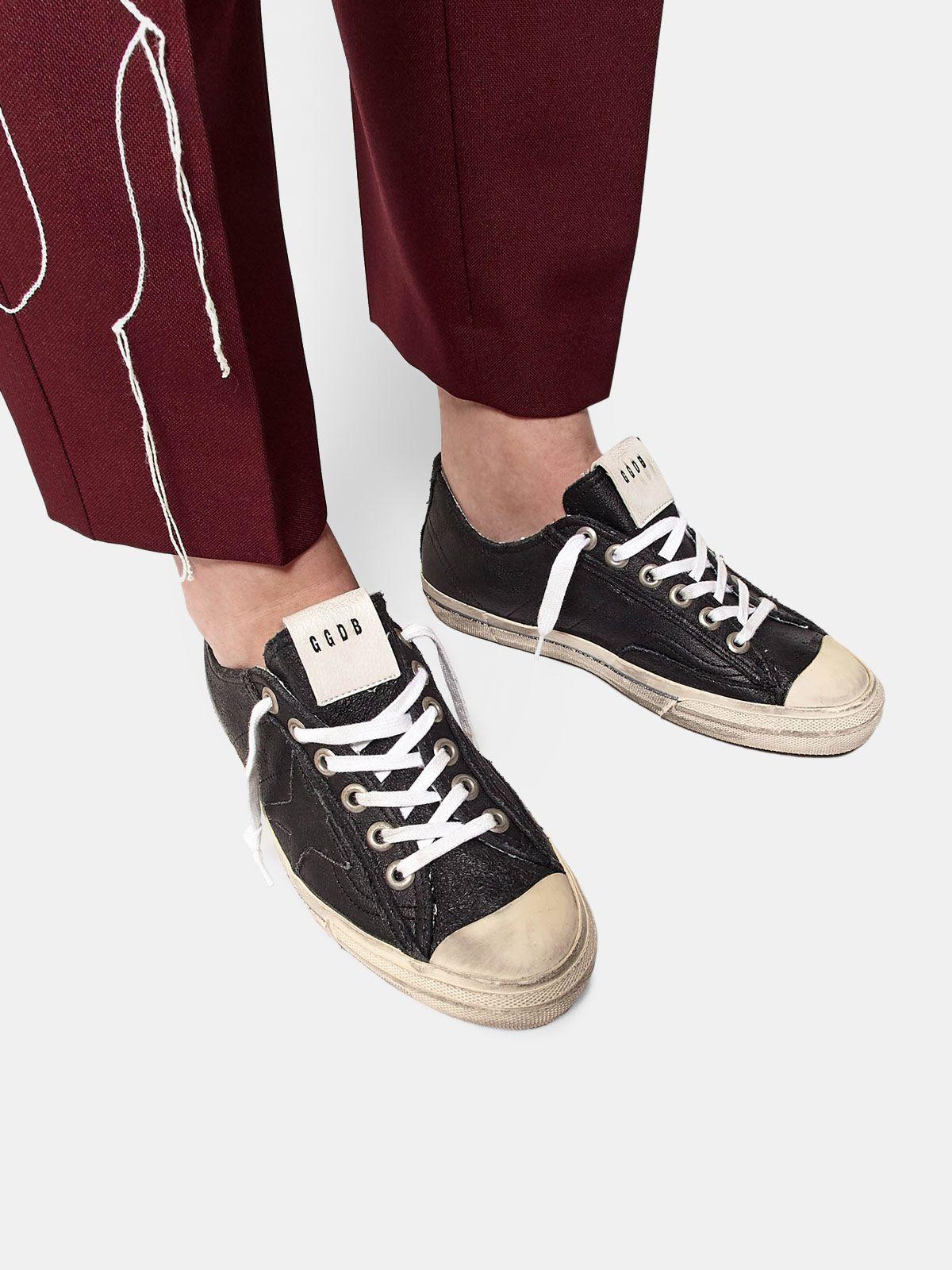 Golden Goose - V-STAR sneakers in vintage-effect leather in