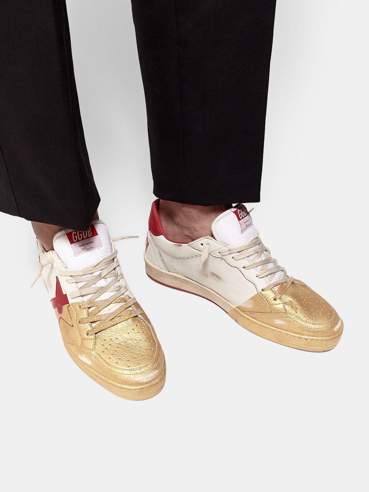 Golden Goose - Sneakers Ball Star in pelle con verniciatura dorata sul davanti in