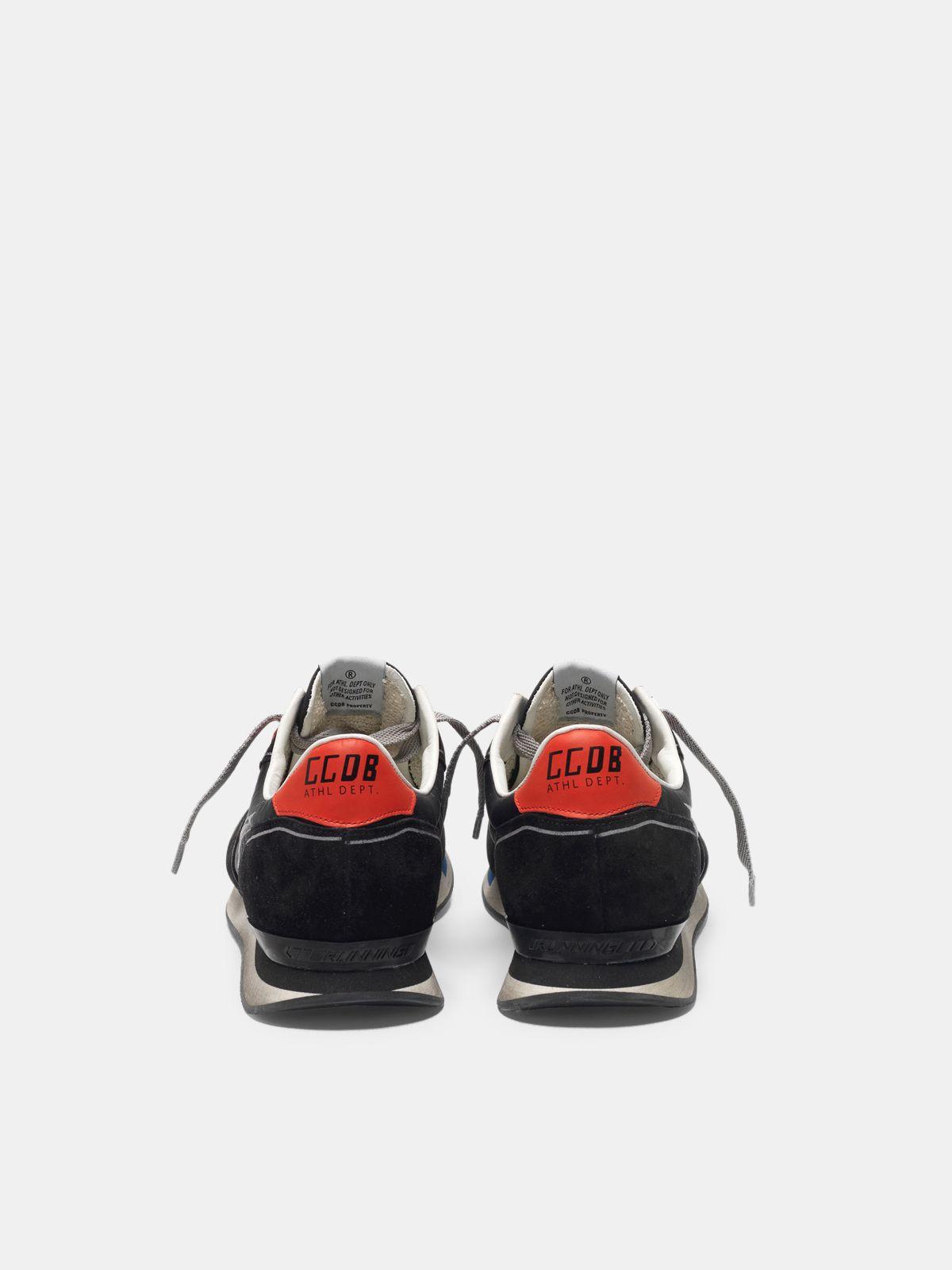 Golden Goose - Sneakers running in black suede con stella a contrasto in