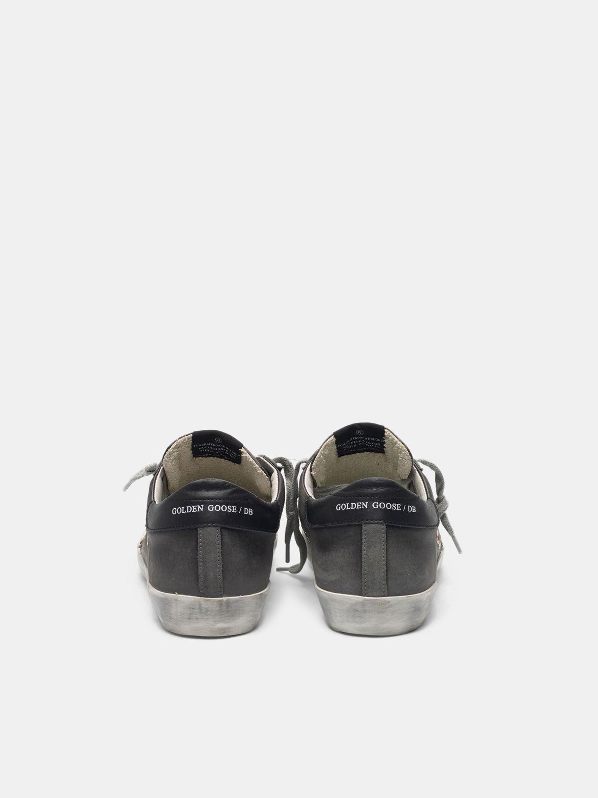 Golden Goose - Sneakers Super-Star aus Satin mit Schlüsselanhänger als Gimmick in