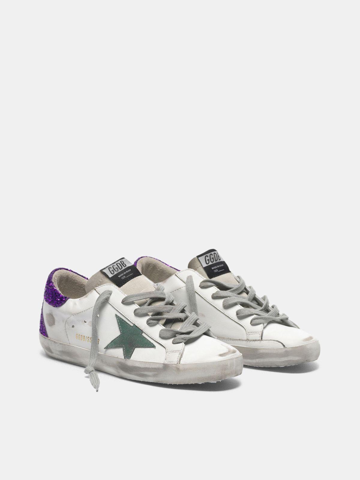 Golden Goose - Sneakers Super-Star bianche con retro viola glitter in