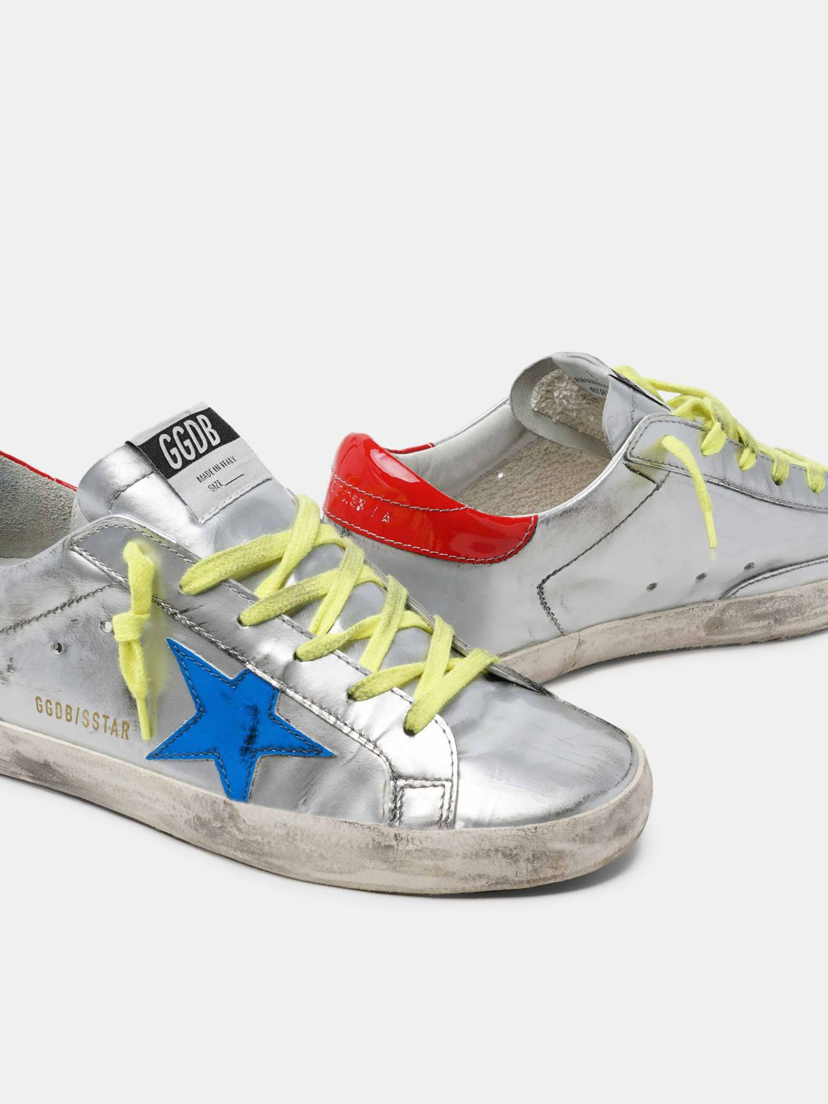 Golden Goose - Sneakers Super-Star argentate con stella blu in