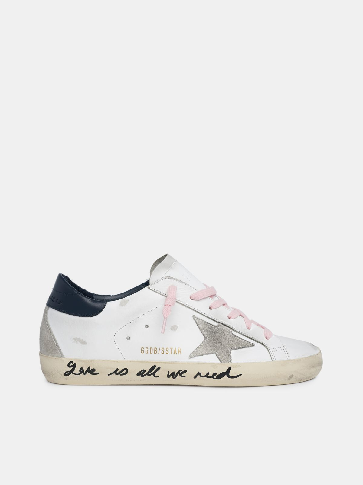 Golden Goose - Super-Star con scritta a mano Love is all we need in