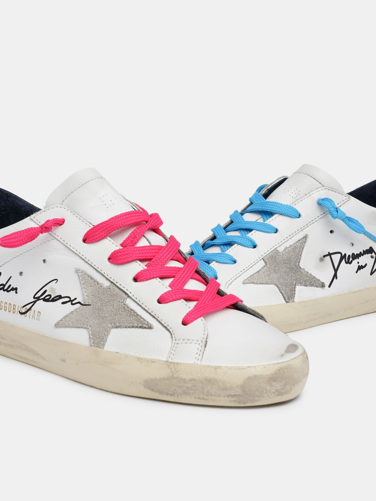 Golden Goose - Super-Star sneakers with handwritten Dreaming in Venice lettering in