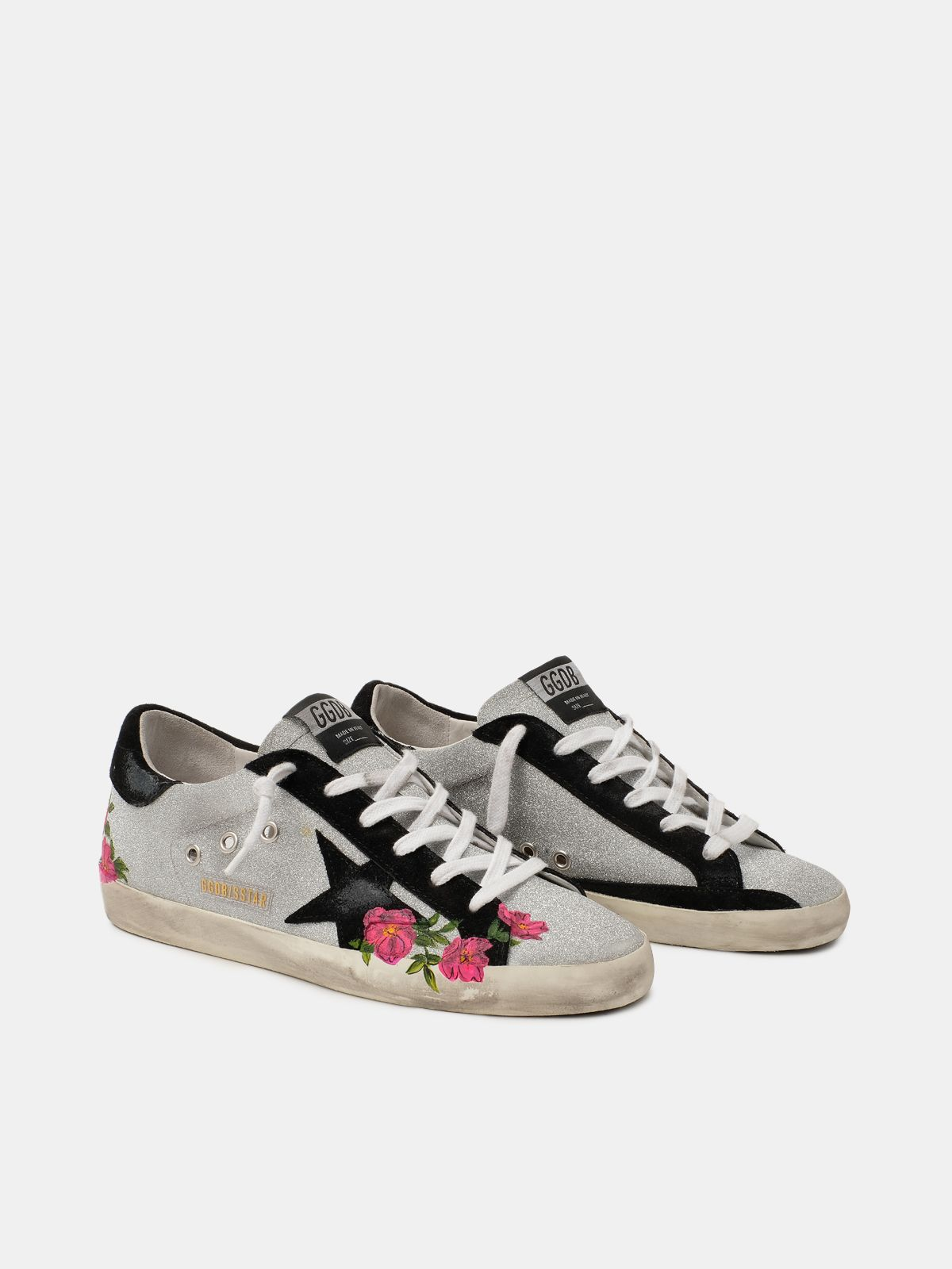 Golden Goose - Sneakers Super-Star argentate con rose dipinte a mano in
