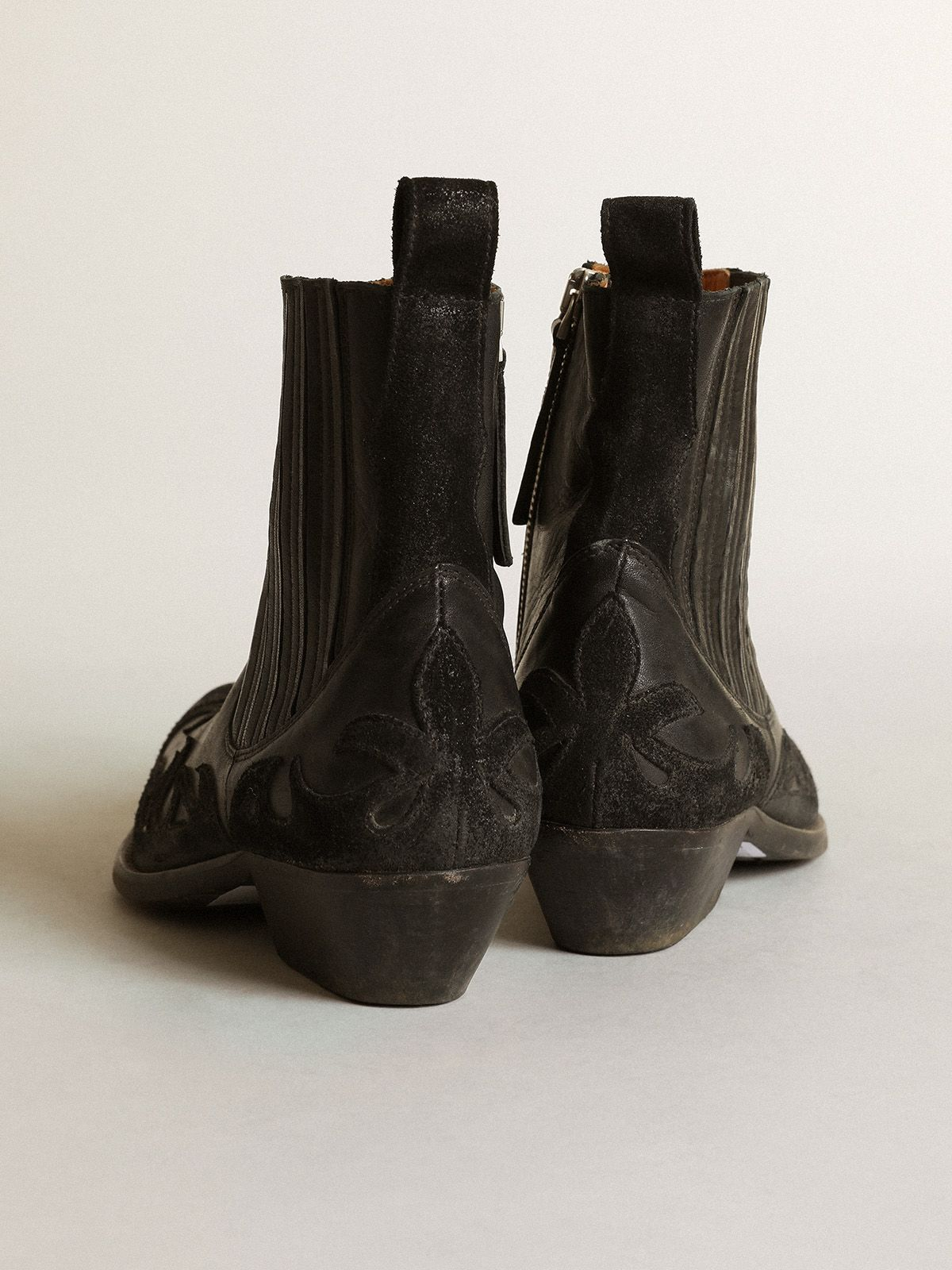 Golden Goose - Santiago black leather ankle boots with suede details in