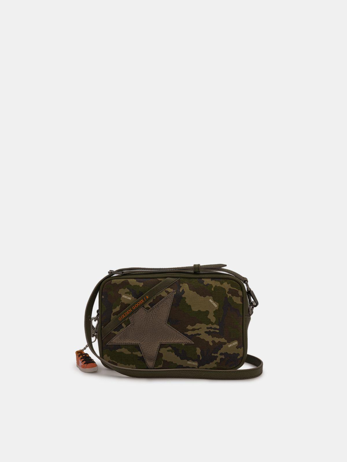 Golden Goose - Borsa Star Bag in tela camouflage con stella laminata in