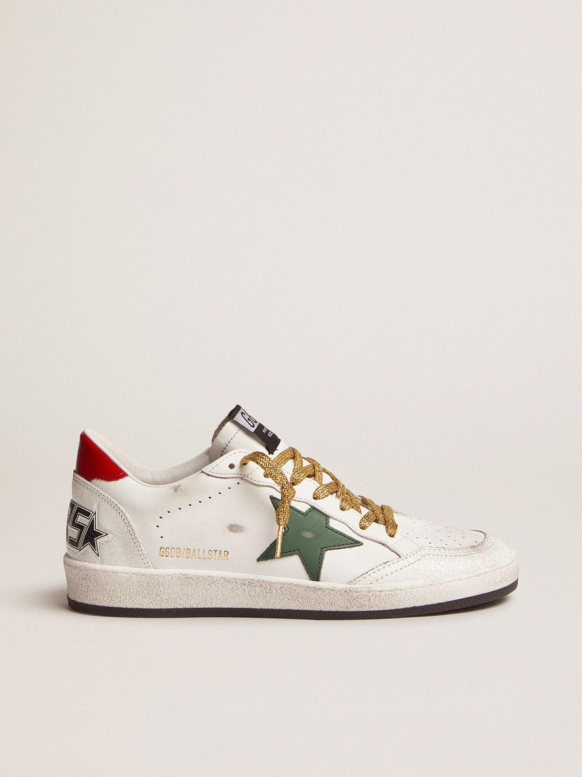 Golden Goose - Sneakers Ball Star con stella verde e talloncino rosso in